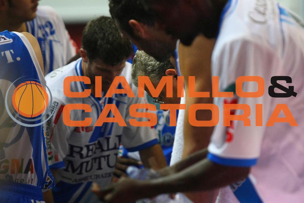 DESCRIZIONE : Cremona Lega A 2013-2014 Vanoli Cremona Banco di Sardegna Sassari<br /> GIOCATORE : Romeo Sacchetti Coach<br /> SQUADRA : Banco di Sardegna Sassari<br /> EVENTO : Campionato Lega A 2013-2014<br /> GARA : Vanoli Cremona Banco di Sardegna Sassari<br /> DATA : 03/11/2013<br /> CATEGORIA : Coach<br /> SPORT : Pallacanestro<br /> AUTORE : Agenzia Ciamillo-Castoria/F.Zovadelli<br /> GALLERIA : Lega Basket A 2013-2014<br /> FOTONOTIZIA : Cremona Campionato Italiano Lega A 2013-14 Vanoli Cremona Banco di Sardegna Sassari<br /> PREDEFINITA :