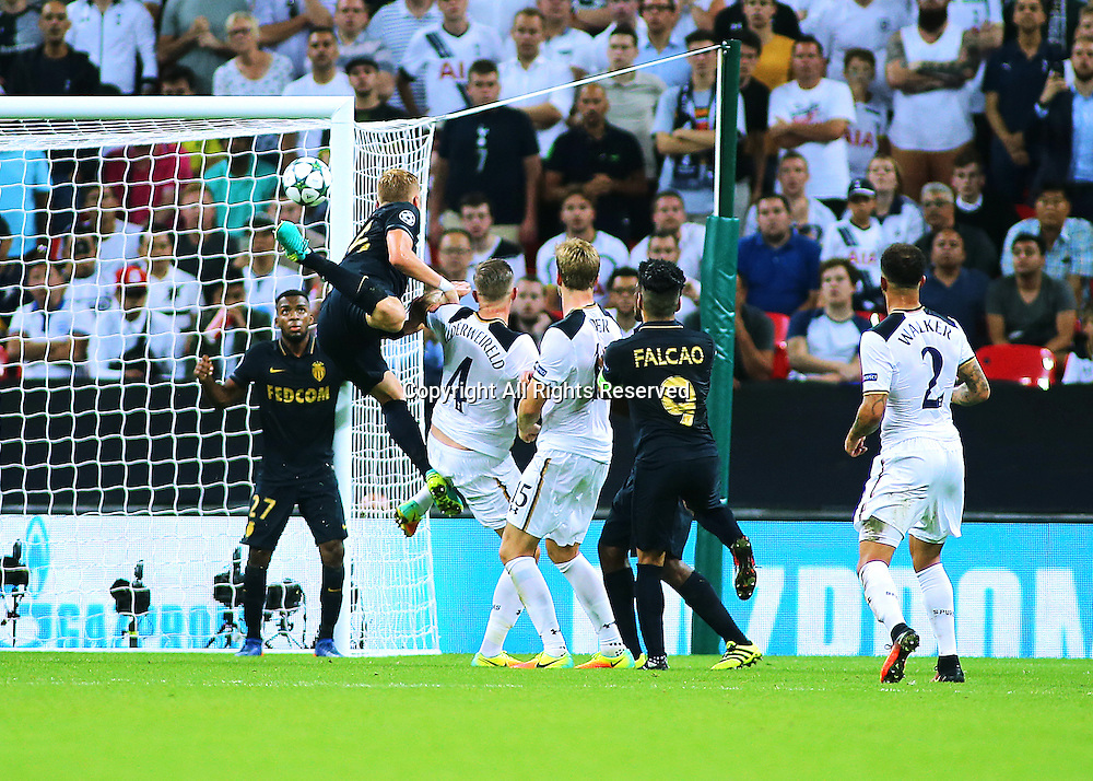 14.09.2016. Wembley Stadium, London, England. UEFA Champions League Football. Tottenham Hotspur versus Monaco. Tottenham Hotspur Defender Toby Alderweireld scores with a header from a Tottenham corner, 2-1 Monaco