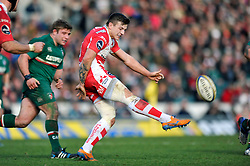 Rob Cook (Gloucester) puts boot to ball - Photo mandatory by-line: Patrick Khachfe/JMP - Tel: Mobile: 07966 386802 16/02/2014 - SPORT - RUGBY UNION - Welford Road, Leicester - Leicester Tigers v Gloucester Rugby - Aviva Premiership.
