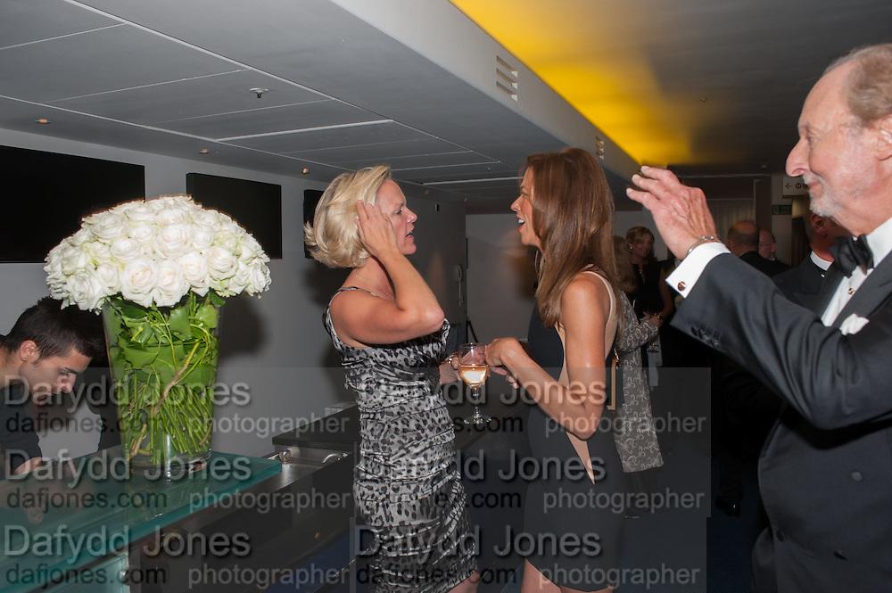 ELIZABETH MURDOCH; HEATHER KERZNER; ED VICTOR, 2012 GQ Men of the Year Awards,  Royal Opera House. Covent Garden, London.  3 September 2012