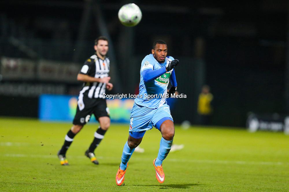 Johan MARTIAL  - 26.01.2015 - Angers / Brest - 21eme journee de Ligue 2 -<br /> Photo : Vincent Michel / Icon Sport
