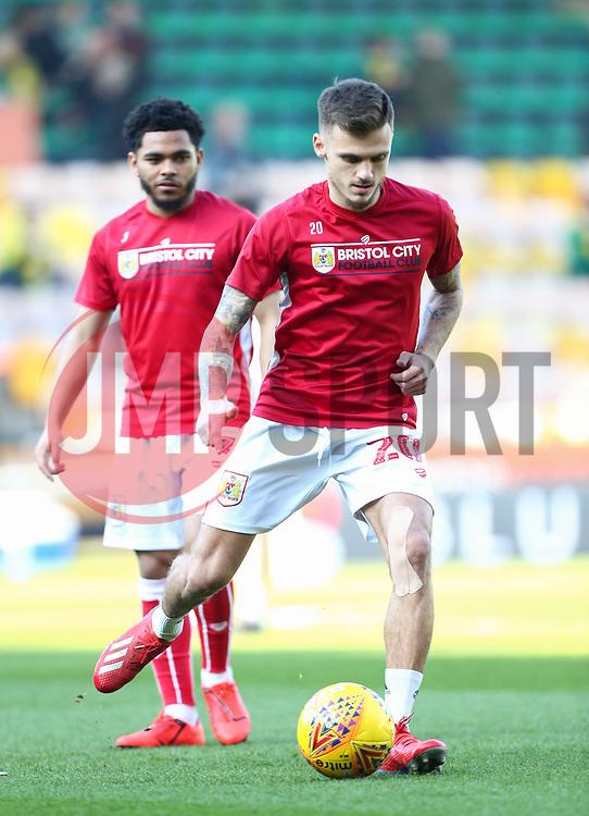 Jamie Paterson of Bristol City warms up - Mandatory by-line: Arron Gent/JMP - 23/02/2019 - FOOTBALL - Carrow Road - Norwich, England - Norwich City v Bristol City - Sky Bet Championship