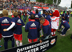 13.12.2012, Stadion, Wiener Neustadt, AUT, 1. FBL, SC Wiener Neustadt vs RB Salzburg, im Bild Meister Red  Bull Salzburg mit Fans // during the Austrian Bundesliga Match, SC Wiener Neustadt against RB Salzburg, Stadium, Wiener Neustadt near Vienna, Austria on 2012-05-13, EXPA Pictures © 2012, PhotoCredit: EXPA/ S. Woldron