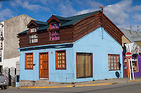CASAS TIPICAS, USHUAIA, PROVINCIA DE TIERRA DEL FUEGO, ARGENTINA (PHOTO BY © MARCO GUOLI - ALL RIGHTS RESERVED. CONTACT THE AUTHOR FOR ANY KIND OF IMAGE REPRODUCTION)