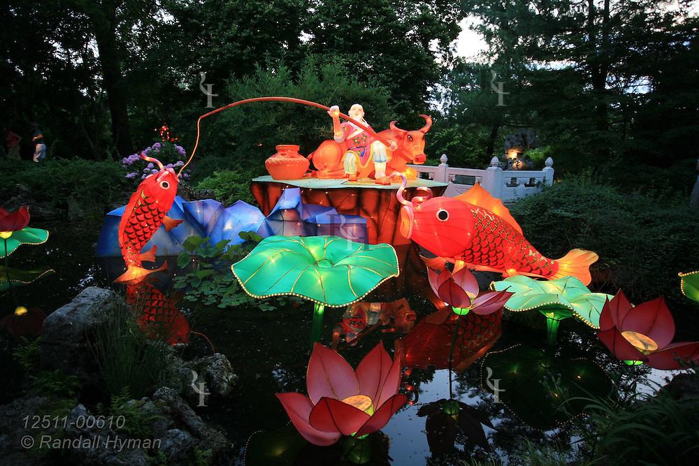Missouri Botanical Garden Lantern Festival, St. Louis, Missouri.