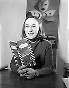 24/01/1958 <br /> <br /> Special for Sunday Express - Miss Dorothy Cole