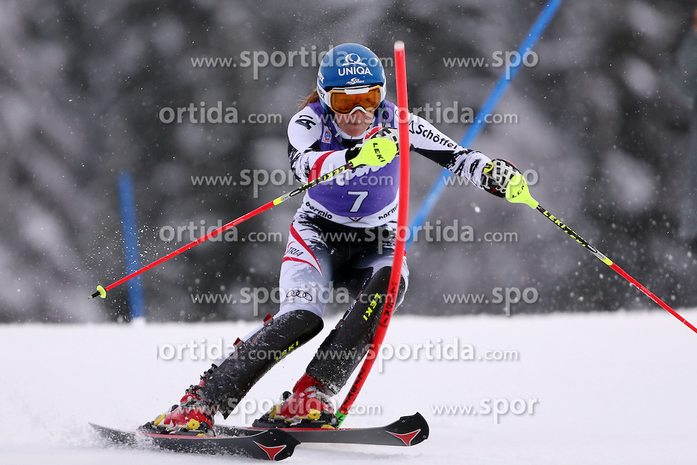 05.01.2014, Stelvio, Bormio, ITA, FIS Ski Alpin Weltcup, Salom, Damen, 1. Durchgang, im Bild Marlies Schild // Marlies Schild in action during 1st run of ladies Slalom of the Bormio FIS Ski World Cup at the Stelvio Course in Bormio, Italy on 2014/01/05. EXPA Pictures &copy; 2014, PhotoCredit: EXPA/ Sammy Minkoff<br /> <br /> *****ATTENTION - OUT of GER*****