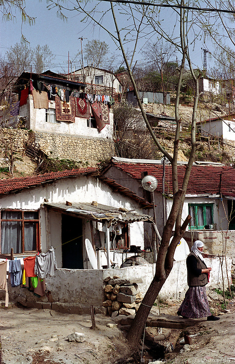 "In the area ""Gazi"" on the edge of the city, there is a large Kurdish population that lives in very poor conditions..ISTANBUL, Androniki Christodoulou/WorldPictureNews"