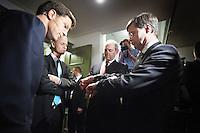 Nederland. Amsterdam, 23 mei 2010.<br /> Mark Rutte, Geert Wilders, Job Cohen en Jan Peter Balkenende (VLNR) ontmoeten elkaar zondag voorafgaand aan het verkiezingsdebat op RTL4. Het debat vindt plaats in De Rode Hoed in Amsterdam. politiek; debat; campagne; lijsttrekkers; politici, premierskandidaten, premiersdebat<br /> Foto Martijn Beekman
