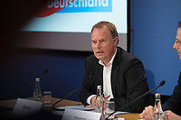 DEU, Deutschland, Germany, Berlin, 16.12.2016: Hans Joachim Diercks bei einer Pressekonferenz der Partei Alternative für Deutschland (AfD), auf der eine App für verunsicherte Bürger vorgestellt wird.