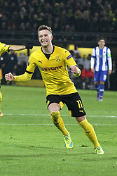 18.02.2016, Signal Iduna Stadion, Dortmund, GER, UEFA EL, Borussia Dortmund vs FC Porto, Sechzehntelfinale, Hinspiel, im Bild Torjubel von Marco Reus (#11, Borussia Dortmund) nach seinem Tor zum 2:0 // during the UEFA Europa League Round of 32, 1st Leg match between Borussia Dortmund and FC Porto Signal Iduna Stadion in Dortmund, Germany on 2016/02/18. EXPA Pictures © 2016, PhotoCredit: EXPA/ Eibner-Pressefoto/ Deutzmann<br /> <br /> *****ATTENTION - OUT of GER*****