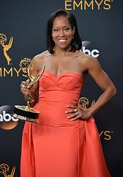 Regina King  im Press Room bei der Verleihung der 68. Primetime Emmy Awards in Los Angeles / 180916<br /> <br /> *** 68th Primetime Emmy Awards in Los Angeles, California on September 18th, 2016***