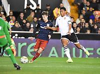 Valencia's Santos and Atletico de Madrid´s Vietto during 2015/16 La Liga match between Valencia and Atletico de Madrid at Mestalla stadium in Madrid, Spain. March 6, 2016. (ALTERPHOTOS/Javier Comos)