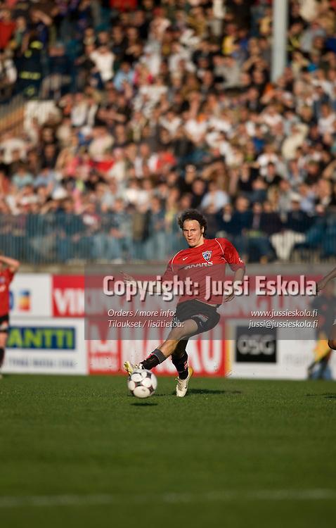 Timo Furuholm. TPS - Inter. Veikkausliiga 4.5.2008. Turku. Photo: Jussi Eskola