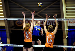 19-04-2008 VOLLEYBAL: AMVJ - DELA MARTINUS: AMSTELVEEN<br /> Martinus wint ook de derde wedstrijd in de best of 7 en is nog een overwinning verwijderd van het landskampioenschap / Marije Bloem<br /> &copy;2008-WWW.FOTOHOOGENDOORN.NL