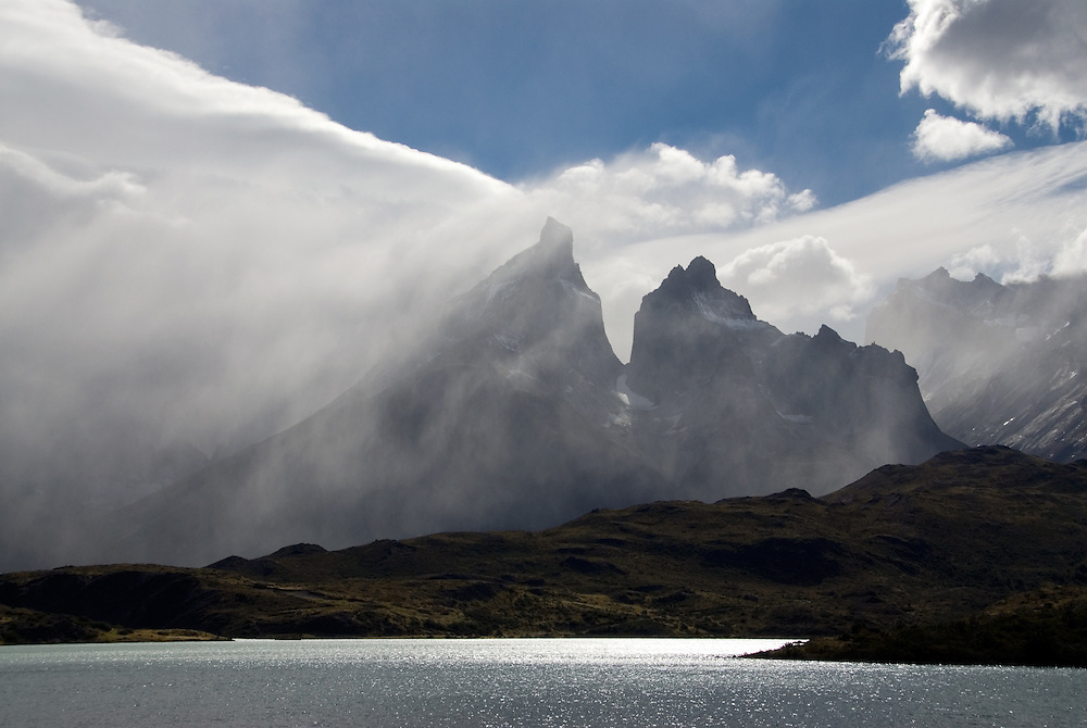 Lago Pehoe and the granite towers of Cuernos del Paine, Torres Del Paine National Park, Patagonia, Chile.