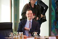 DEU, Deutschland, Germany, Berlin, 06.02.2019: Bundesgesundheitsminister Jens Spahn (CDU) vor Beginn der 40. Kabinettsitzung im Bundeskanzleramt.