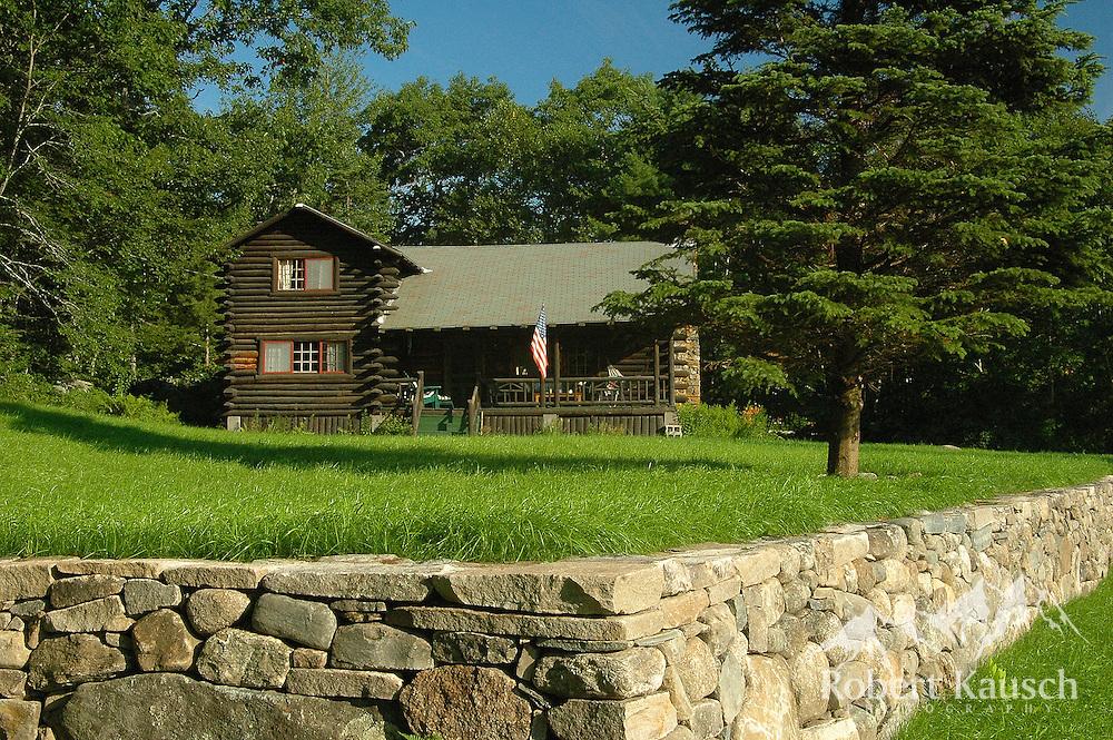'Lyn's cabin