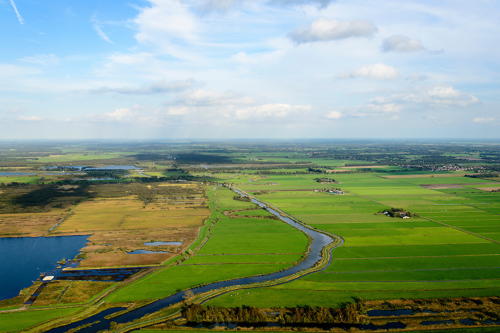 Nederland, Friesland, Gemeente Weststellingwerf, 10-10-2014; Lendevallei of Lindevallei,  onder Wolvega.<br /> Nature reseve, stream valley.<br /> luchtfoto (toeslag op standard tarieven);<br /> aerial photo (additional fee required);<br /> copyright foto/photo Siebe Swart