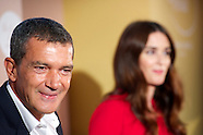 091013 Antonio Banderas and Paz Vega Her golden secret