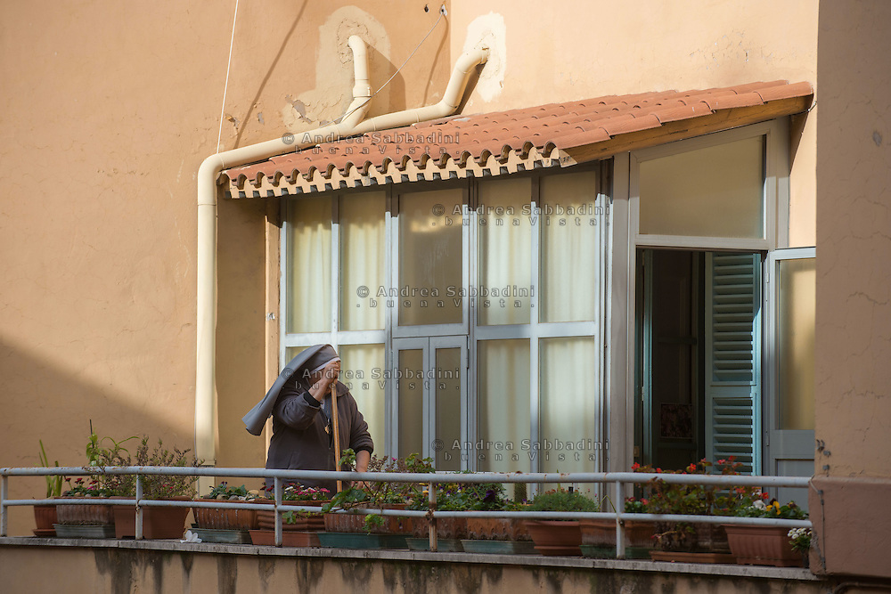Roma, 10/01/2016: collegio di Sant'Anna, la terrazza con il bucato - Sant'Anna Sisters Congregation, terrace with washing up