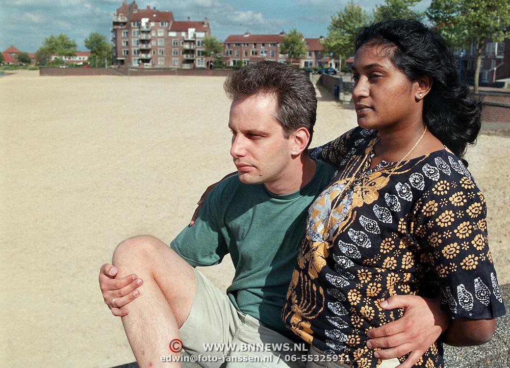 robert Potman en vriendin Rebecca vertrekken naar de Fiji eilanden voor bij Memisa