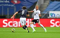 Fotball Menn Eliteserien Rosenborg-Viking<br /> Lerkendal Stadion,Trondheim<br /> 30 juli 2020<br /> <br /> Per Ciljan Skjelbred, Rosenborg (H) og Joe Bell, Viking, i duell<br /> <br /> <br /> Foto : Arve Johnsen, Digitalsport