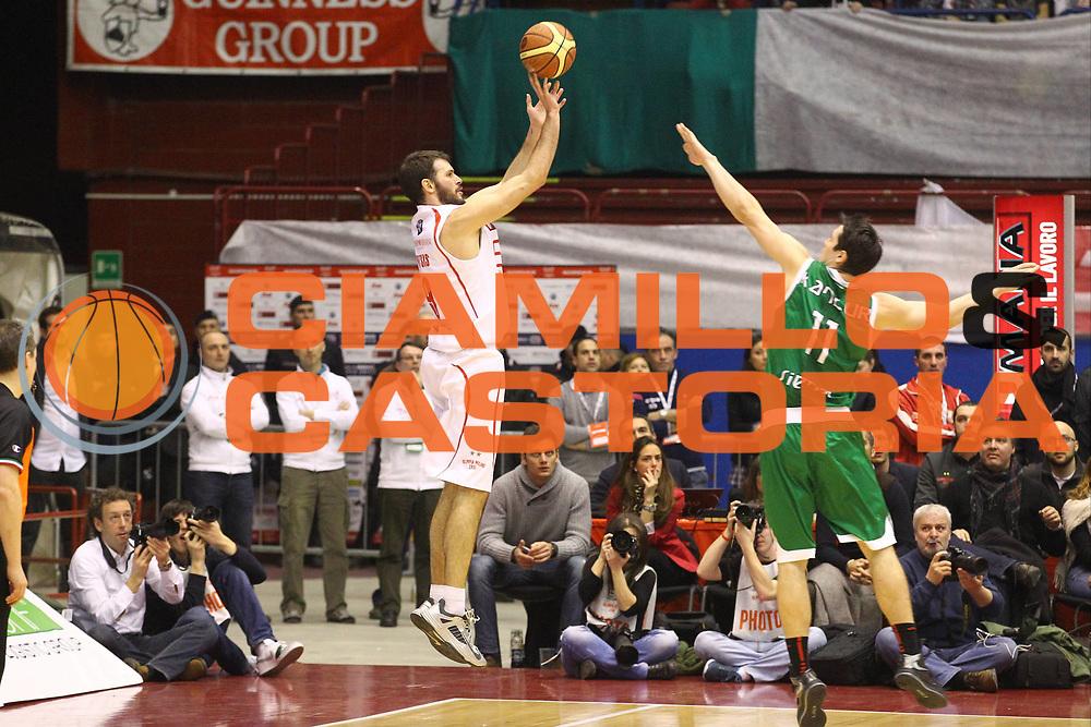 DESCRIZIONE : Milano Lega A 2012-13 EA7 Emporio Armani Milano Montepaschi Siena<br /> GIOCATORE : Antonis Fotsis<br /> CATEGORIA : Tiro Three Points<br /> SQUADRA : EA7 Emporio Armani Milano<br /> EVENTO : Campionato Lega A 2012-2013<br /> GARA : EA7 Emporio Armani Milano Montepaschi Siena<br /> DATA : 03/03/2013<br /> SPORT : Pallacanestro <br /> AUTORE : Agenzia Ciamillo-Castoria/G.Cottini<br /> Galleria : Lega Basket A 2012-2013  <br /> Fotonotizia : Milano Lega A 2012-13 EA7 Emporio Armani Milano Montepaschi Siena<br /> Predefinita :