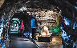 THEMENBILD - Touristen in der Gletscherwelt 3000 am Kitzsteinhorn, aufgenommen am 16. Juli 2019 in Kaprun, Österreich // Tourists in the glacier world 3000 at the Kitzsteinhorn, Kaprun, Austria on 2019/07/16. EXPA Pictures © 2019, PhotoCredit: EXPA/ JFK