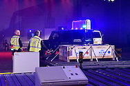 SCHIPHOL - Koning Willem Alexander opent Joint Inspection Center op Schiphol. Het Joint Inspection Center heeft tot doel om een veiligere en efficiëntere vrachtafhandeling op Schiphol mogelijk te maken door verschillende handhavers en inspectiediensten samen te laten werken aan controles van luchtvracht.<br /> <br /> King Alexander opens Joint Inspection Centre at Schiphol. The Joint Inspection Center aims to enable a safer and more efficient cargo handling at the airport by different enforcement and inspection services to collaborate on inspections of air cargo.<br /> <br /> Op de foto / On the photo:  De koning verricht de opening / The king at the opening copyright robin utrecht
