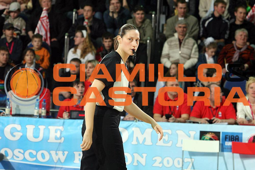 DESCRIZIONE : Mosca Moscow Region Eurolega Donne Euroleague Women Final Four 2007 Final Spartak Moscow Region-Valencia Ros Casares<br /> GIOCATORE : Talic<br /> SQUADRA : Arbitro<br /> EVENTO : Mosca Moscow Region Eurolega Donne Euroleague Women Final Four 2007<br /> GARA : Spartak Moscow Region Valencia Ros Casares<br /> DATA : 01/04/2007 <br /> CATEGORIA :<br /> SPORT : Pallacanestro <br /> AUTORE : Agenzia Ciamillo-Castoria/E.Castoria<br /> Galleria : Euroleague Women Final Four 2007<br /> Fotonotizia : Mosca Moscow Region Eurolega Donne Euroleague Women Final Four 2007 Final Spartak Moscow Region-Valencia Ros Casares<br /> Predefinita :