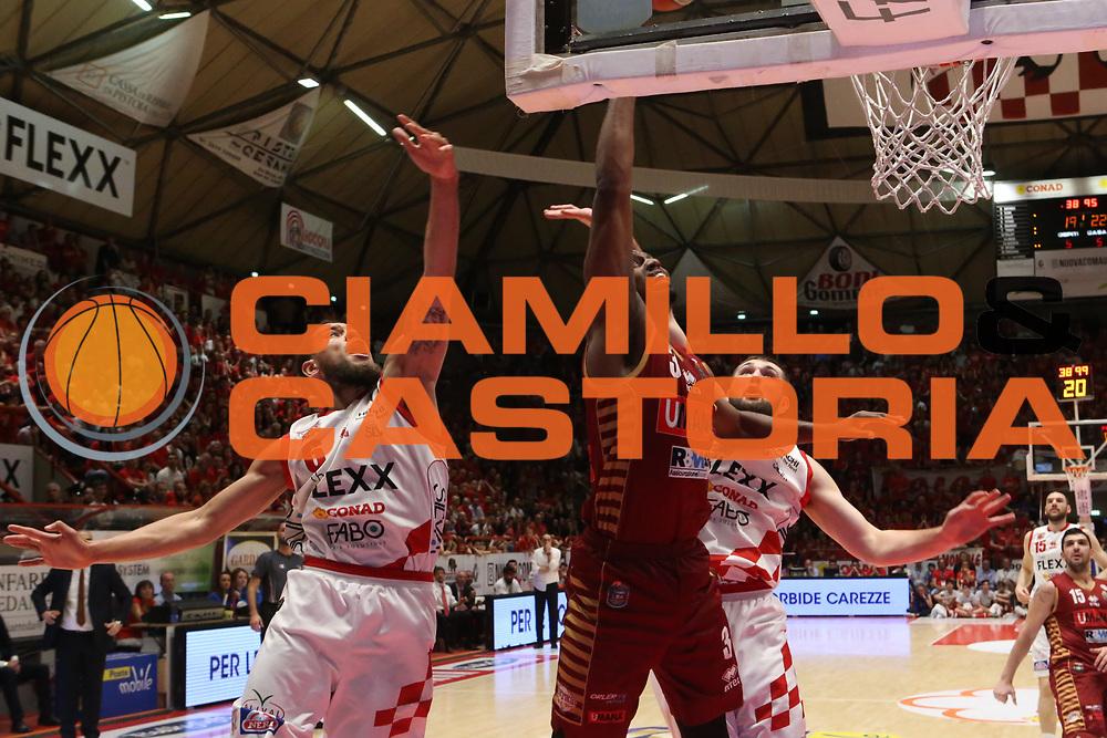 Ejim Melvin<br /> UThe Flexx Pistoia vs Umana Reyer Venezia<br /> Lega A  2016/2017 Quarti di finale Gara 3<br /> Milano 17/05/2017<br /> Foto Ciamillo-Castoria<br /> Provvisorio