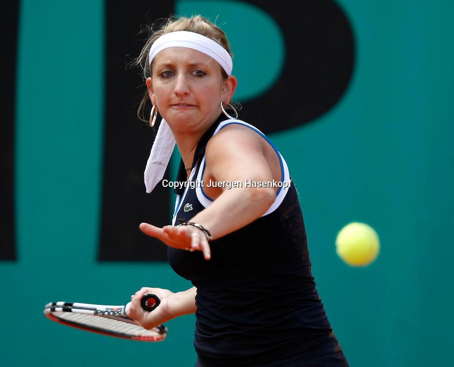 French Open 2010, Roland Garros, Paris, Frankreich,Sport, Tennis, ITF Grand Slam Tournament,  ..Timea Bacsinszky (SUI)..Foto: Juergen Hasenkopf..