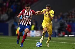November 6, 2018 - Madrid, Spain - Rodri of Atletico Madrid and Achraf Hakimi of Borussia Dortmund battle for the ball during the Group A match of the UEFA Champions League between Atletico de Madrid and Borussia Dortmund at Wanda Metropolitano Stadium, Madrid on November 06 of 2018. (Credit Image: © Jose Breton/NurPhoto via ZUMA Press)