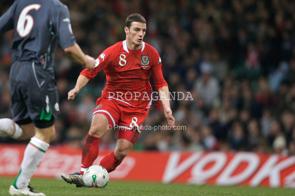 CARDIFF, WALES - Saturday, November 17, 2007: Wales' Jason Koumas in action against Republic of Ireland during the UEFA Euro 2008 Qualifying Group D match at the Millennium Stadium. (Pic by David Rawcliffe/Propaganda)