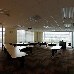 University of Phoenix NNV Campus (092508)