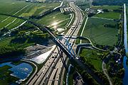 Nederland, Noord-Holland, Gemeente Muiden, 07-05-2018; Knooppunt Muiderberg, spoorbrug over de A1, de Zandhazenbrug. Spoorlijn Almere-Amsterdam.<br /> Muiderberg junction, near Amsterdam w railwaybridge.<br /> luchtfoto (toeslag op standard tarieven);<br /> aerial photo (additional fee required);<br /> copyright foto/photo Siebe Swart<br /> Muiderberg junction, near Amsterdam w railwaybridge.<br /> luchtfoto (toeslag op standard tarieven);<br /> aerial photo (additional fee required);<br /> copyright foto/photo Siebe Swart