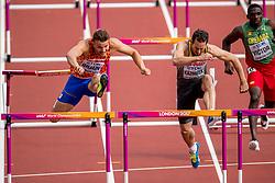 12-08-2017 IAAF World Championships Athletics day 9, London<br /> Pieter Braun NED, was goed voor de vijftiende tijd met 14,67 op de 110 m horden. Rechts de Duitser Kai Kamirek.
