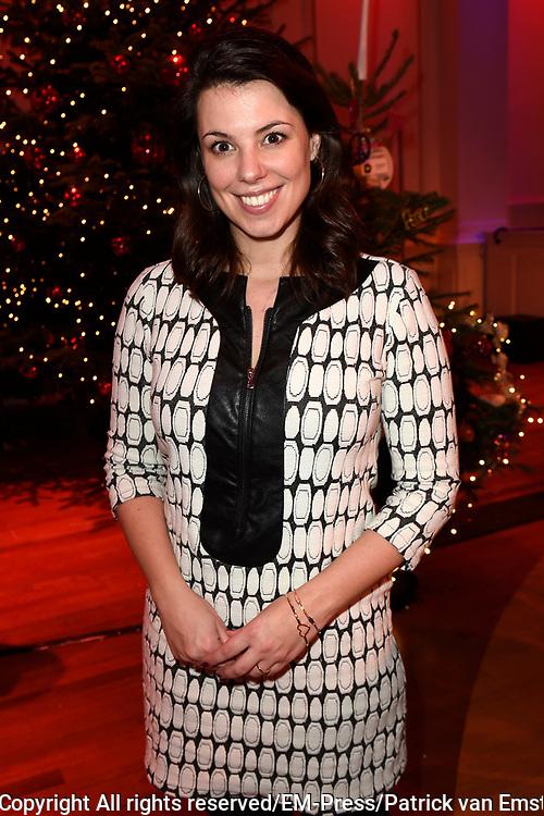 Sky Radio's jaarlijkse goede doelen-event Christmas Tree For Charity in Studio 22, Hilversum.<br /> <br /> Op de foto:  Roos Moggr&eacute;