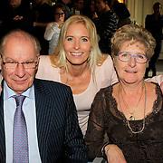 NLD/Amsterdam/20130306 - 1000ste concert Frans Bauer in Carre, Mariska Bauer- van Rossenberg met haar ouders