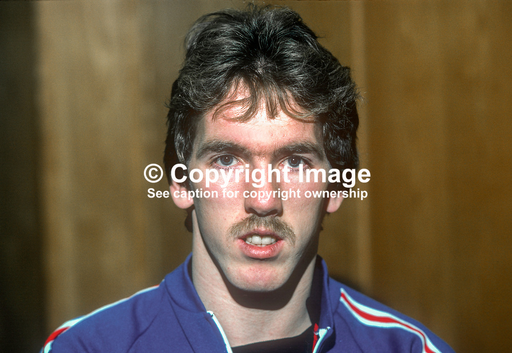 Martin McGaughey, footballer, Linfield, FC, Belfast, N Ireland, January, 1982, 198201000004MMG<br />