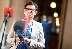 14.06.2017, Parlament, Wien, AUT, Parlament, Untersuchungsausschuss betreffend der Beschaffung von Kampfflugzeugen des Typs Eurofighter. im Bild U-Ausschuss Fraktionsführerin ÖVP Gabriele Tamandl // Member of Parliament OeVP Gabriele Tamandl during meeting of parliamentary enquiry committee according to the procurement of Eurofighter aircrafts at austrian parliament in Vienna, Austria on 2017/06/14, EXPA Pictures © 2017, PhotoCredit: EXPA/ Michael Gruber