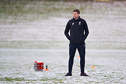 MANCHESTER, ENGLAND - Saturday, December 9, 2017: Liverpool's Under-18 manager Steven Gerrard before an Under-18 FA Premier League match between Manchester United and Liverpool FC at the Cliff Training Ground. (Pic by David Rawcliffe/Propaganda)