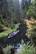 Touristen Kahn, Hinterhermsdorfer Schleuse, Sächsische Schweiz, Elbsandsteingebirge, Sachsen, Deutschland | tourist boat, Hinterhermsdorf Lock, Saxon Switzerland, Saxony, Germany
