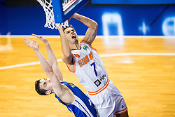Max Merz of Fraport Skyliners vs Tomas Kyzlink #7 of Helios Suns during basketball match between KK Helios Suns (SLO) and Fraport Skyliners (GER) in Round #3 of FIBA Champions League 2016/17, on November 2, 2016 in Sports Hall Domzale, Slovenia. Photo by Vid Ponikvar / Sportida