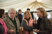 JULIAN BANNERMAN; ISABEL BANNERMAN; ELIZABETH MURDOCH, The Heythrop Hunt Point to Point. Cocklebarrow. 24 January 2016