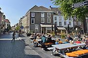 Nederland, Nijmegen, 5-5-2014Drukte in het centrum.Winkelstraat, Lange Hezelstraat, in Nijmegen. architectuurFoto: Flip Franssen/Hollandse Hoogte