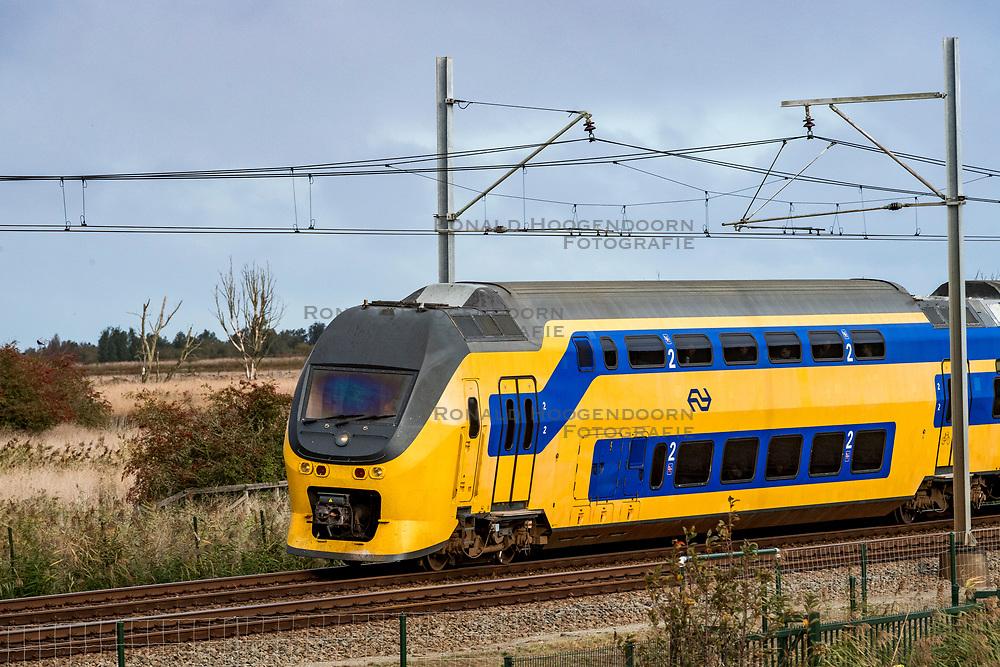 24-10-2018 NED: Around Oostvaardersplassen, Lelystad<br /> Day trip with the family / Train NS
