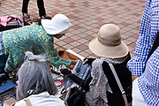 clothing flea market Japan