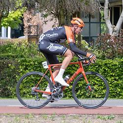 04-05-2019: Wielrennen: Ronde van Overijssel: Rijssen<br />Oscar Riesebeek